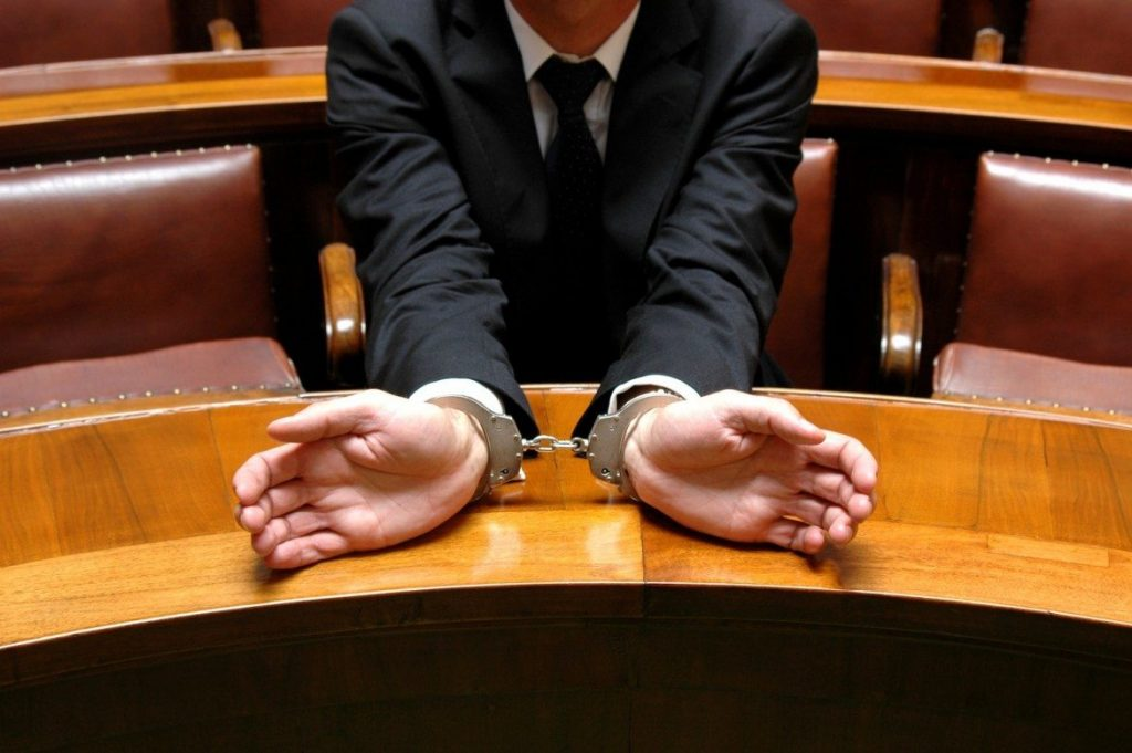 Get Knowledge About Some Important Reasons to Choose a Reputed Criminal Lawyer